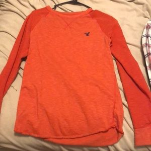 Small Thermal Classic fit American Eagle lg sleeve